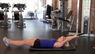 Picture of a female doing Double Leg Drop Cable Pullover Exercise