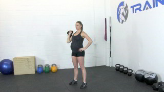 fit mom kettlebell press - step 1