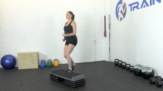 fit mom marching steps - step 2