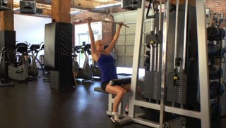 seated lat pull down - step 3