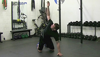 kneeling t-spine rotation - step 3