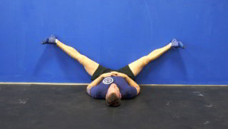 splits against the wall - step 1